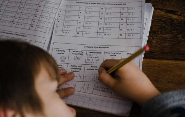 Is Your Smart Kid Getting Bad Grades? 5 Tips for Parents